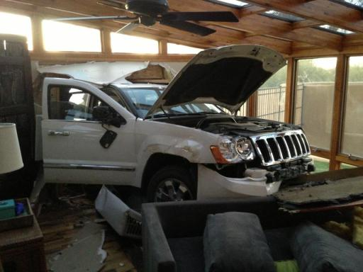 car.. sunroom.. not great